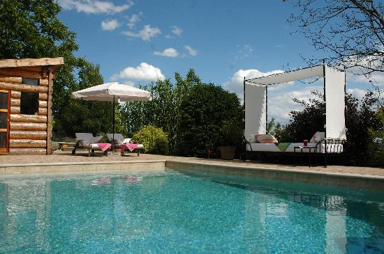 Catherine's Vineyard Cottages: thepool