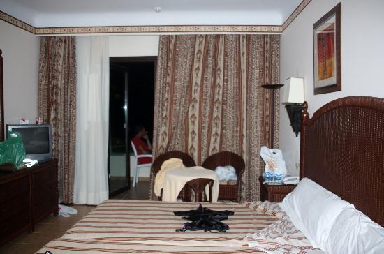Hotel Riu Karamboa: camera standard