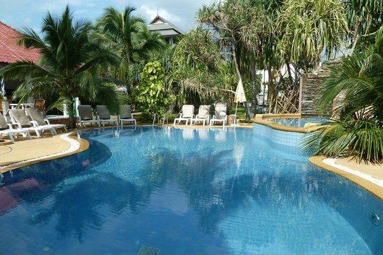 Marina Villa: Pool 2