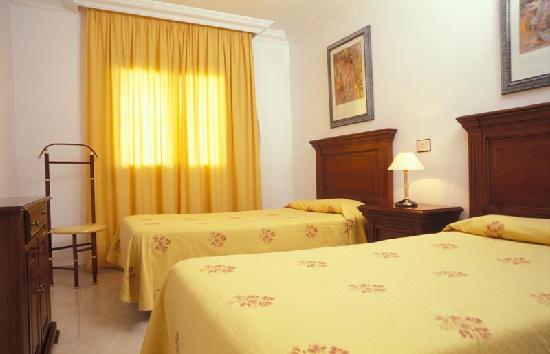 LABRANDA Los Cocoteros: Dormitorio