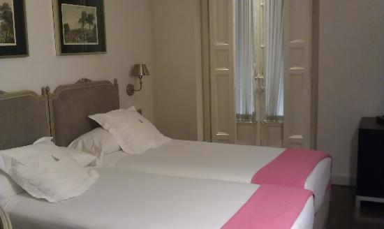 Hotel Meninas - Boutique Hotel: Vue de la chambre