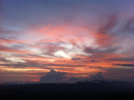Kasan Green Hill Villas: sunset