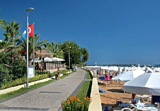 Hotel Grand Side : Strandpromenade