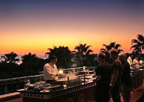Hotel Grand Side : Abendessen auf der Terrasse