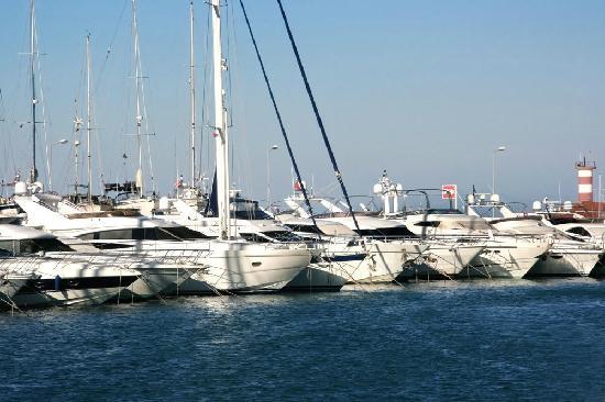 SENTIDO Palmet Resort: Kemer Yachthafen