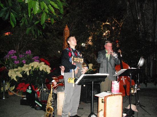 Holiday Jazz Quartet Picture Of United States Botanic