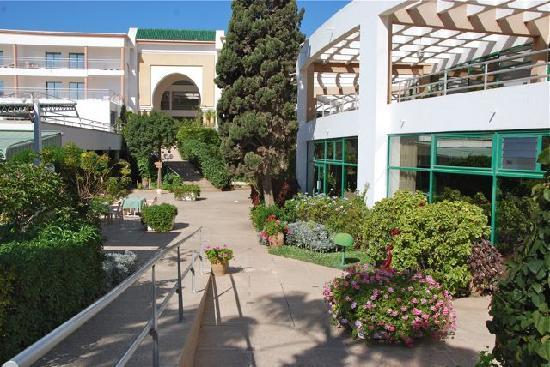 Hôtel Agadir Beach Club : terrasse intérieure