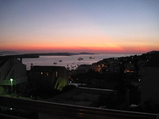 Apartments Ivanovic: The view from our room at sunset