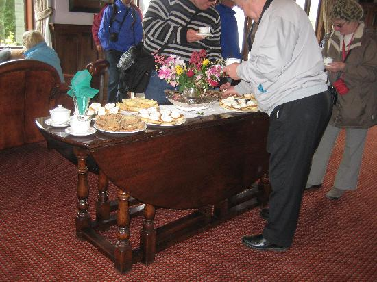 Real Journeys - TSS Earnslaw Vintage Steamship Cruises: Afternoon Tea for all