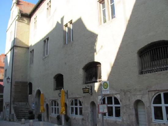Altes Rathaus (old townhall): 9