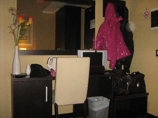 Hotel Latinum: entrata stanza