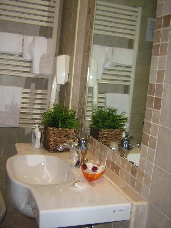 Hotel Latinum: bagno
