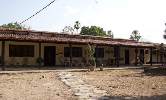Fazenda Pouso Alegre: Restaurant outside