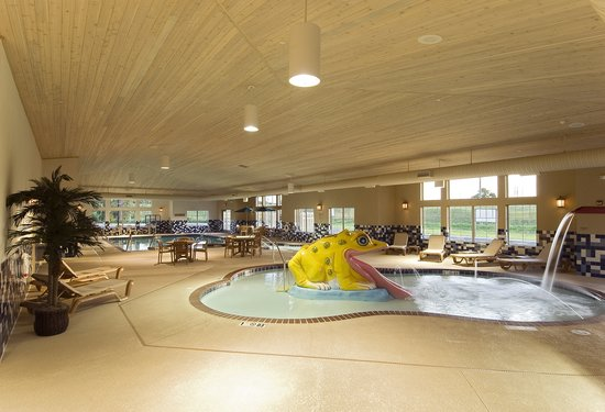Portage, IN: Kid friendly Pool area