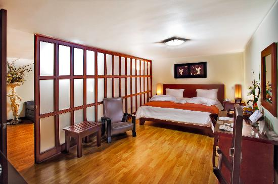 Loft Hotel: Suite