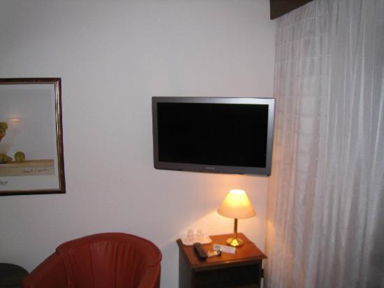 Hotel Rebstock: grosser LCD-TV