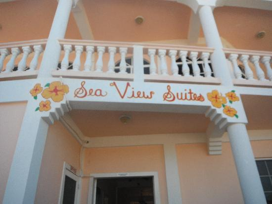 Sea View Suites: Balcony