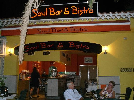 Los Cristianos Harbour: new bar opened,lovely people,lovely food,soul bar and bistro