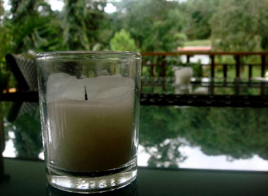 Coconut Lodge: Ambiance candles
