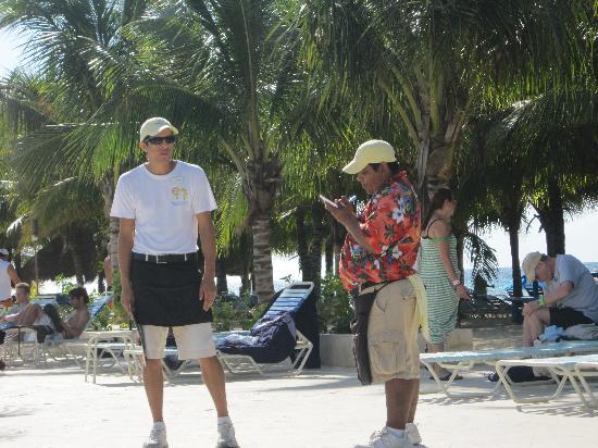Paradise Beach : Wonderful satff