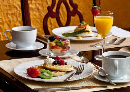American Guest House: Breakfast Special
