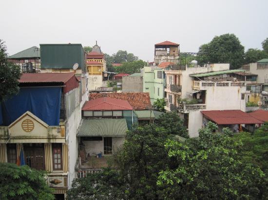 Hanoi Luxor Hotel : Balcony View 1