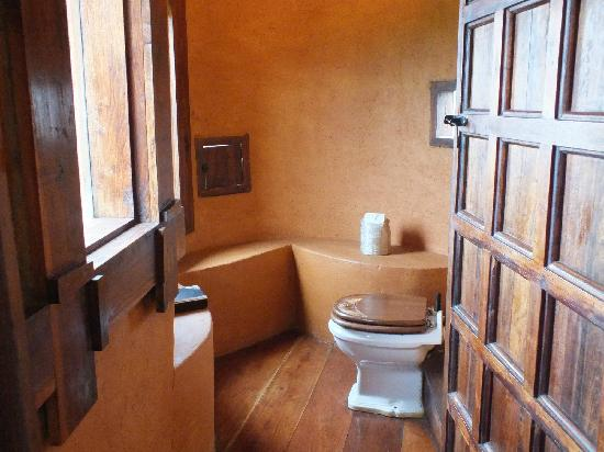 andBeyond Ngorongoro Crater Lodge : Commode
