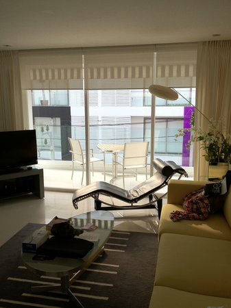 BYD Lofts Boutique Hotel & Serviced Apartments: Looking out at the balcony in the new one bed apartment.