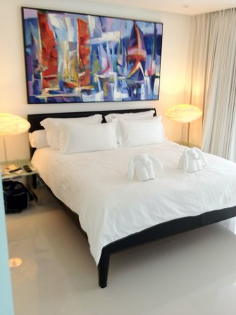BYD Lofts Boutique Hotel & Serviced Apartments: The bedroom.