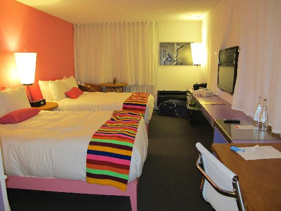The Saguaro Scottsdale: Hotel Room At The Saguaro