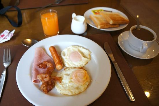 Hong Residence: Breakfast, just ok...