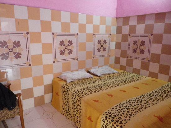 Sai Palace: The room I stayed