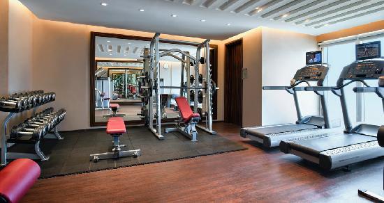 Centro Al Manhal Abu Dhabi by Rotana: Gym
