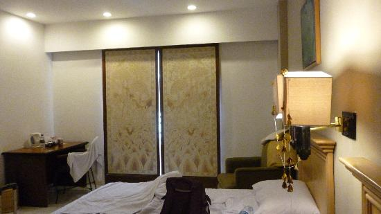 Kuta Station Hotel: door at balcony can't be lock
