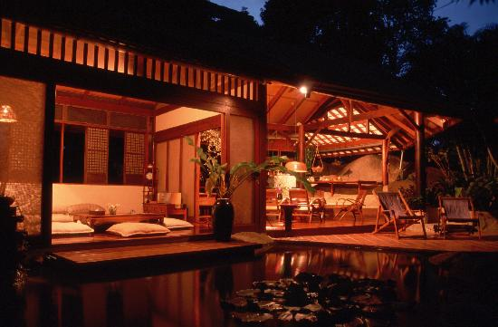 Zen Garden aglow at dusk - Tamarind Springs Tropical Villas