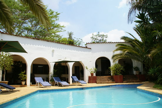 Wendels Guest House: Rooms around the Pool