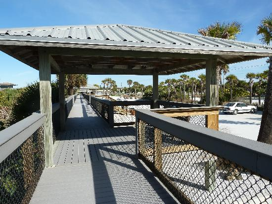 A Beach Retreat on Casey Key: Boardwalk Nearby
