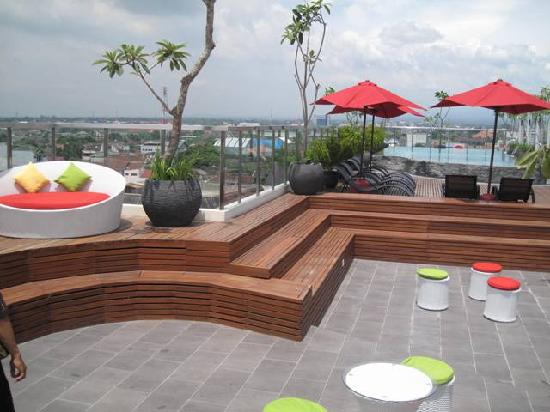 Ibis Styles Yogyakarta: another side of rooftop