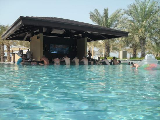 Pool Bar Picture Of Hilton Ras Al Khaimah Resort Amp Spa