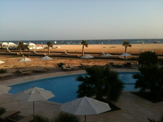 Hotel Morabeza: view from balcony over pool to beach