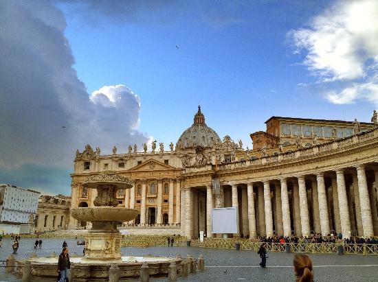Vatican City, Italy: Piazza San Pietro, Vatican