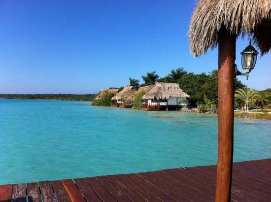 Laguna picture of centro holistico akalki bacalar for Villas wayak bacalar