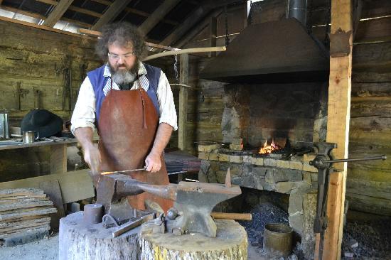 Hickory Ridge Living History Museum: The blacksmith making nails