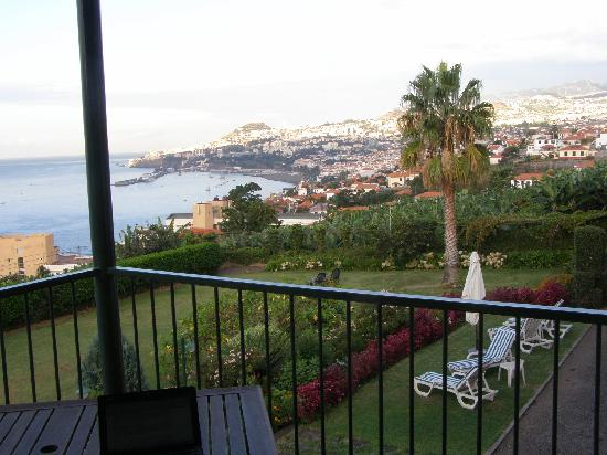Quinta Sao Goncalo: View of Funchal (off Junior Suite balcony)