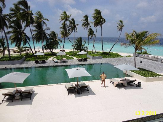 THE MAIN SWIMMING POOL ON HADAHAA ISLAND.