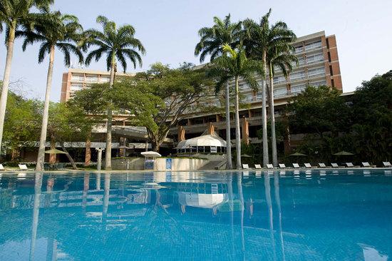 Hotel Jirahara: Piscina