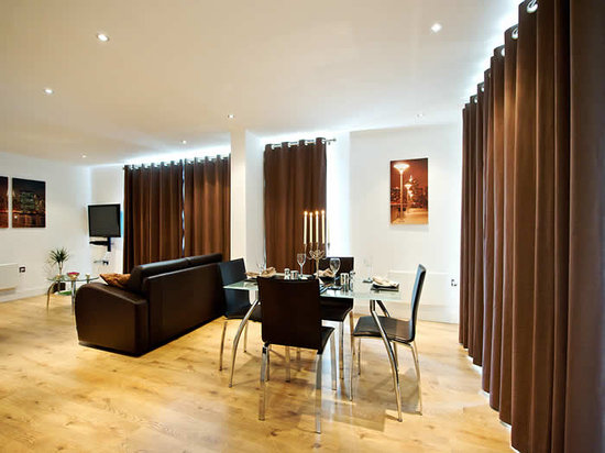 Staycity Serviced Apartments Laystall St: Livingroom