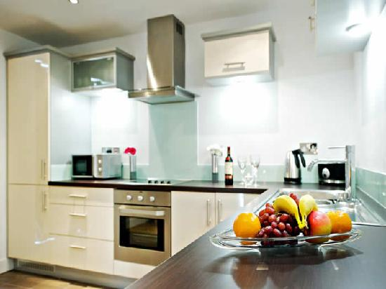 Staycity Aparthotels Laystall Street: Kitchen