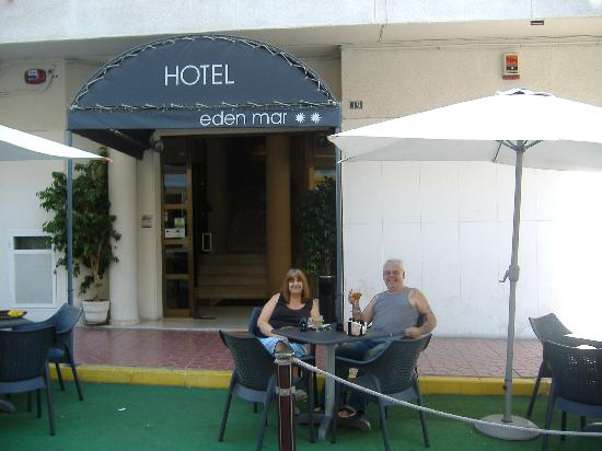 Eden Mar : Outside Hotel