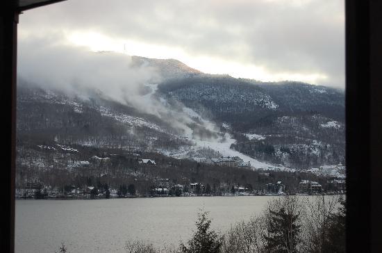 Hotel du Lac: Canon à neige le matin